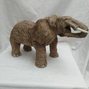 2020-07 Olifant urn (5)